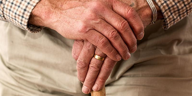 Jak przygotować się do pracy w charakterze opiekunki osoby starszej