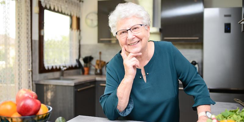 Odporność osób starszych jest zdecydowanie słabsza, niż wszystkich innych, co oznacza, że okresie przejściowym, kiedy żegnamy lato i czekamy na zimę.